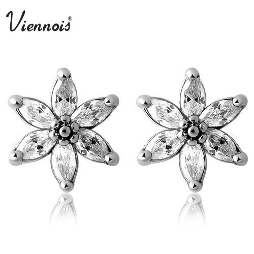 Viennois 18K GP Silver Clear Swarovski Crystal Flower Stud Earrings ... d39e2ebba