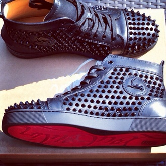 shoes black louboutin