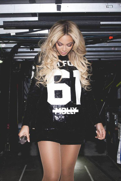 beyoncé singer queen blue ivy mrs carter beautiful queen b pretty dress shorts stage concert