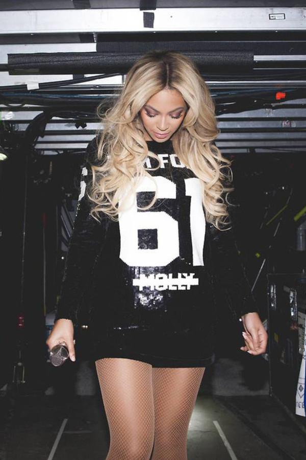 Queen B Beyonce Mrs Carter Blue Ivy Queen Beautiful Dress Shorts Stage Concert Singer