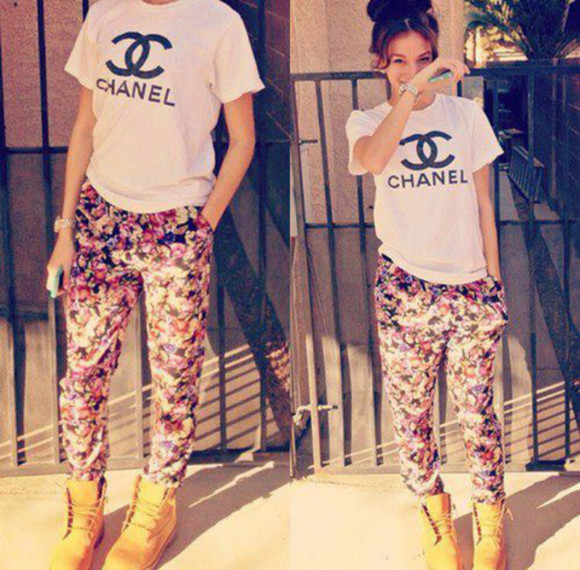 pants floral chanel t-shirt shoes shirt barbara palvin flower tshirt boots timbs white shirt chanel top long pants ootd timberlands jeans