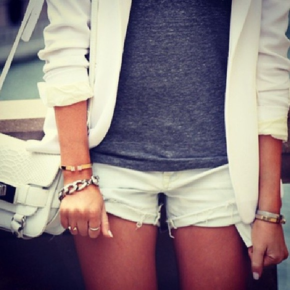 white blazer shorts white shorts t-shirt jacket cream white jacket dark grey tshirt