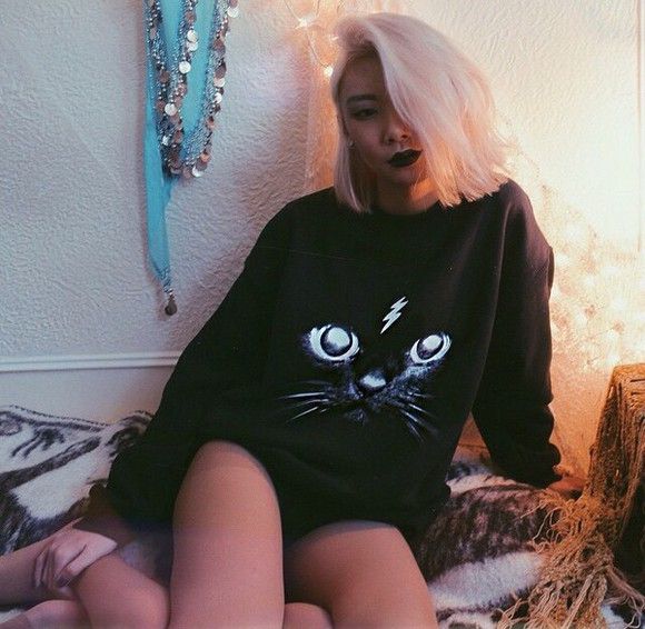 sweater winter sweater black white cute black sweater winter outfits style fashion all black everything cat sweater cat face pussy grunge septum piercing pastel lipstick indie sweater indie winter swag winterwear fresh tops fresh animal print animal print lips light