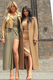 skirt,sandals,coat,maxi skirt,plaid skirt,khloe kardashian,kim kardashian,spring outfits,slit skirt,shoes,jacket,dress