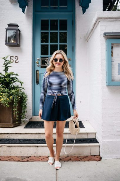 bows&sequins blogger top shorts bag jewels sunglasses make-up mini skirt striped top basket bag