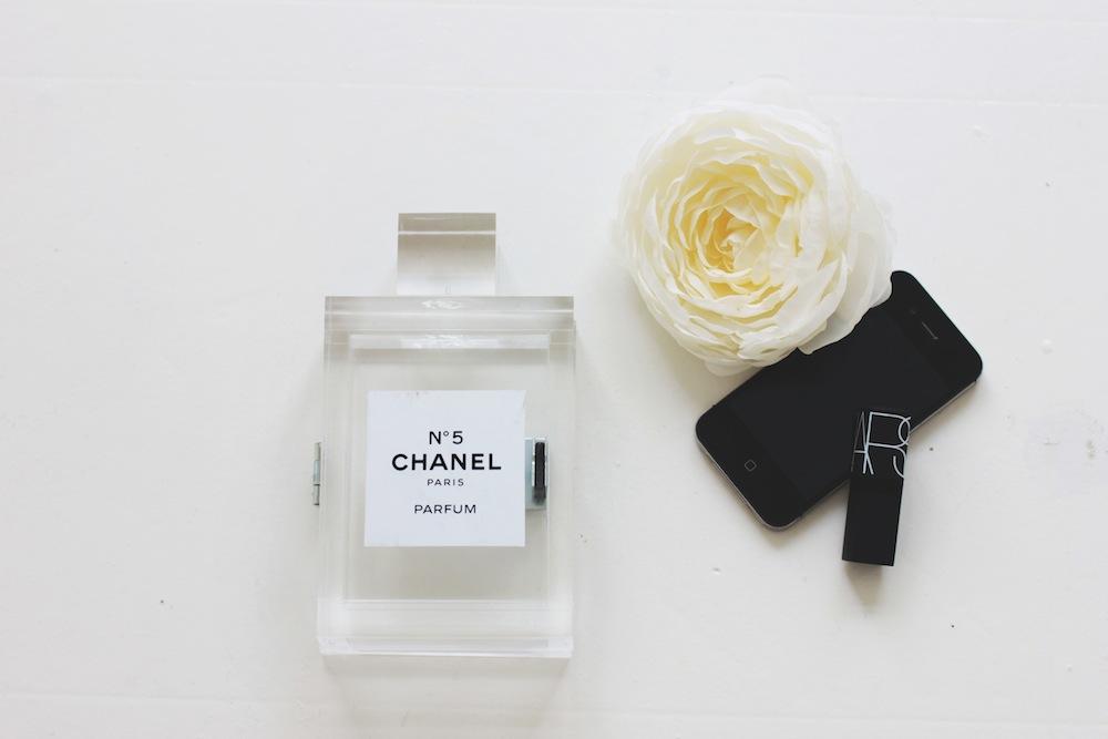 DIY Perfume Clutch