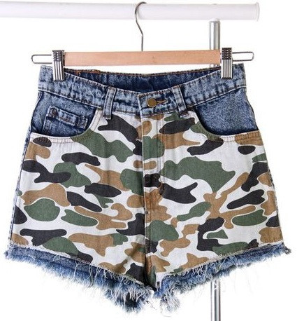Camo patched jeans shorts – glamzelle