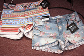 shorts,floral,jeans,vintage,lace,tribal pattern,cute shorts,pretty