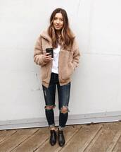 coat,wool coat,faux fur coat,jeans,ripped jeans,boots,white blouse