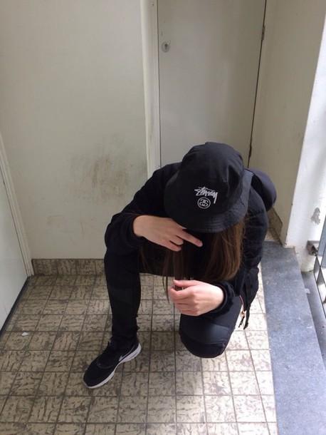shoes nike black black shoes jumpsuit hat bucket hat stussy stussy bucket hat