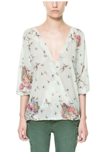 birds top blouse crossover zara white girly fashion girly bird print flowers top half-sleeved half sleeves half sleeve deep vneck