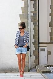 fashionhippieloves,blogger,jacket,shoes,belt,sunglasses,jewels,bag,printed blazer,grey top,black bag,denim shorts,shorts,black sunglasses,cat eye