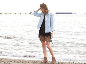 styling my life blogger denim shirt tassel suede boots