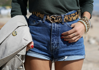 shorts high waisted shorts leopard print belt denim shorts stacked jewelry green tucked in waist belt