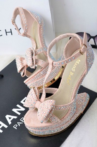 cute shoes soft crystal,pump,heels,hight heels,red sole,shinny, sparkle, glitter heels.nightclub heels, platform high heels nude pink swarovski crystals bows bowsandals summer crush summer shoes