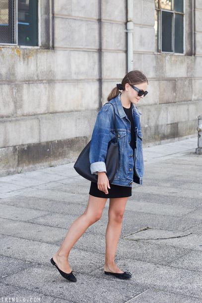trini blogger sunglasses dress jacket shoes bag denim jacket shoulder bag ballet flats fall outfits