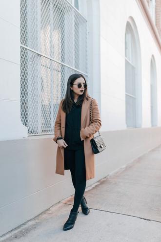 coat tumblr hoodie black hoodie camel camel coat round sunglasses sunglasses leggings black leggings boots black boots