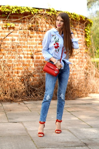 only my fashion style blogger shirt jeans jewels shoes bag crossbody bag red bag blue shirt sandals high heel sandals red heels