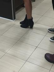 shoes,black,black with zipper,heels,wedges,cute,trendy,dressy,fancy,booties shoes,booties,black booties