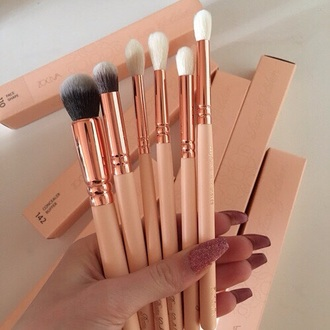 make-up makeup brushes rose gold cooper pink lovely cute rose gold zoev zoeva white soft need  name please love real techniques bold metal