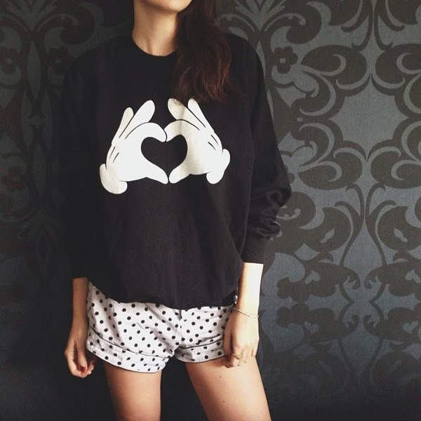 Mickey Mouse Heart Hands Crew