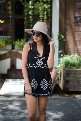 looks by lau blogger romper hat shoes bag