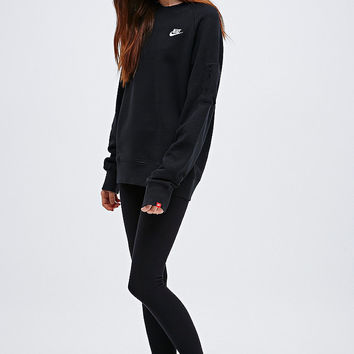 Crew Neck Sweatshirt in Black - from Urban Outfitters