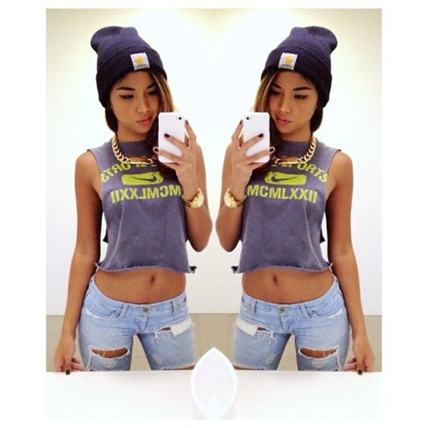 shirt green beanie jeans tumblr instagram necklace hat jewels 39fb4f4fe13