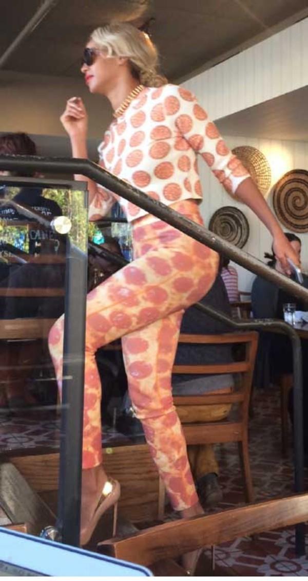 pizza t-shirt shirt pants beyonce