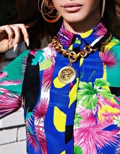 blouse,lana del rey,versace,jewels,shirt,floral,hawaiian,gold chain necklace,hoop earrings