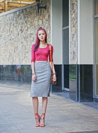camille tries to blogger pink crop top pencil skirt high heel sandals shoulder bag pink hair