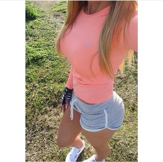pants sports pants shorts gym clothes gym shorts shirt t-shirt gloves
