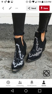 shoes,booties,embroidered