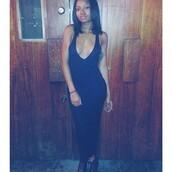 dress,black dress,bodycon,plunge neckline,maxi dress