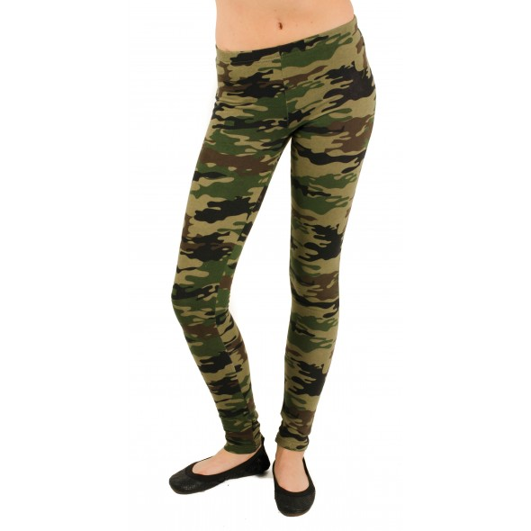 Plush Fleece Lined Camo Print Leggings in Green Camo