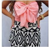 shirt,shorts,tube top,strapless,tribal pattern,High waisted shorts,bows,pink,black and white,girly,dress