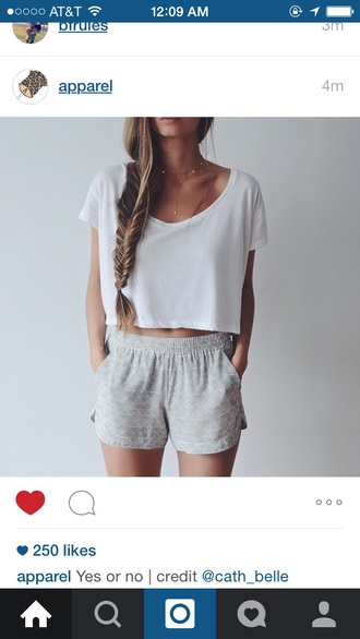 shorts shirt white grey t-shirt grey shorts cute gray shorts pattern flowy shorts blouse top