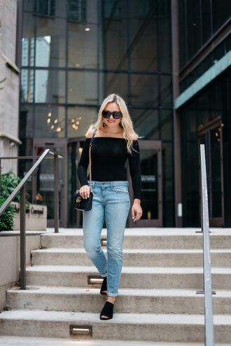 bows&sequins blogger jeans shoes bag sunglasses jewels make-up