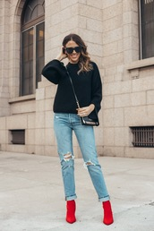 eatpraywearlove,blogger,shoes,bag,sweater,black sweater,crossbody bag,ankle boots,winter outfits,red boots