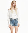 H&M Off-the-shoulder Blouse $9.99