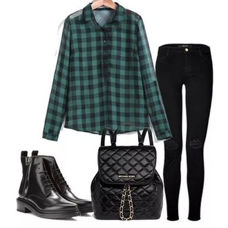 shirt gren and black shirt black jeans black bag black shoes
