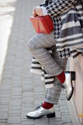 pants,socks,tumblr,printed pants,checkered,checkered pants,shoes,silver,silver shoes,metallic,metallic shoes,houndstooth,bag,red bag,boxed bag