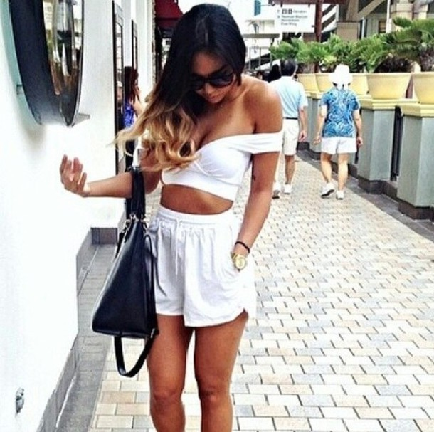 shorts white tank top jeans