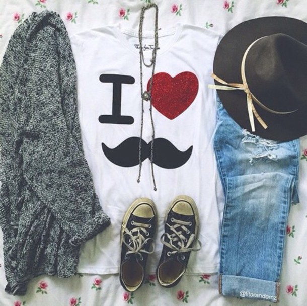 cardigan hat t-shirt jeans