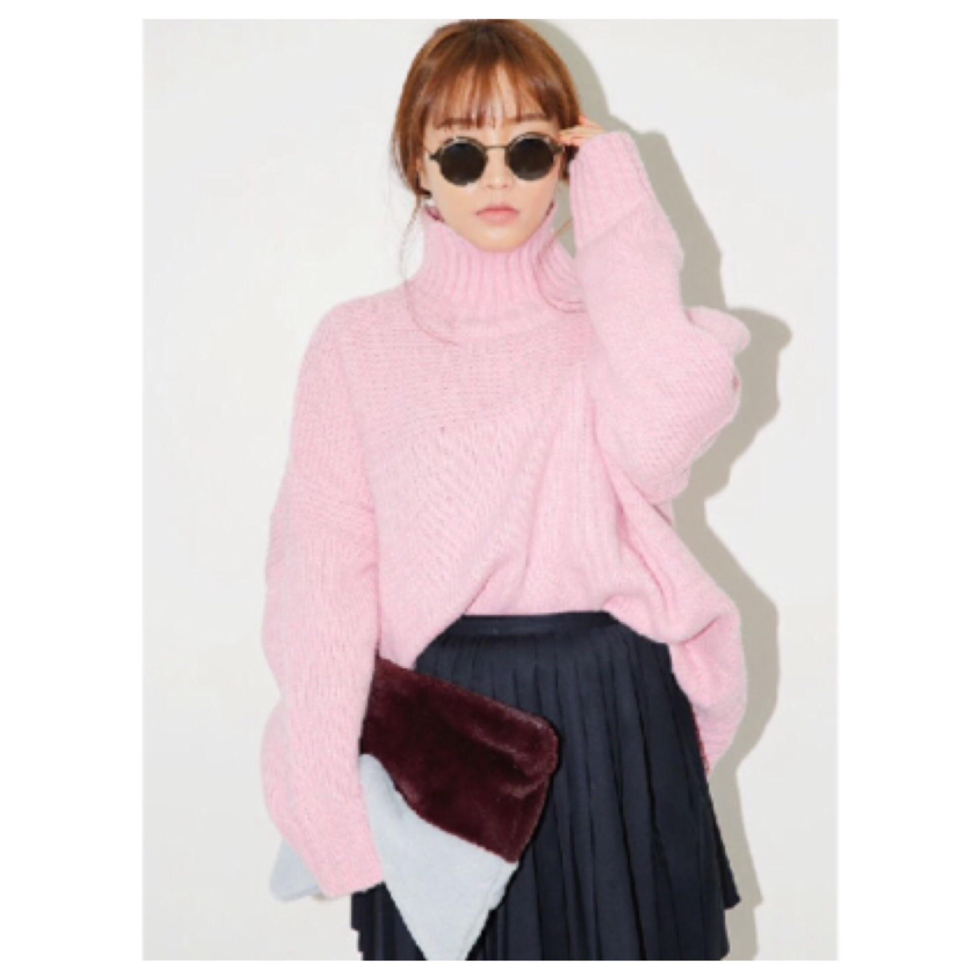 DoubleLW | Pink turtleneck sweater