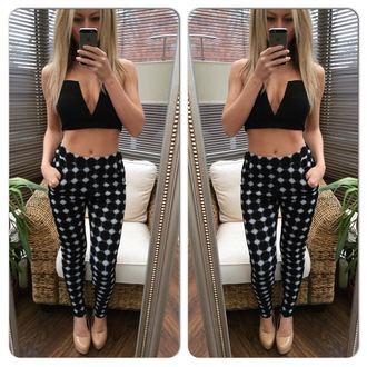 pants trouser leggings crop tops v neck top plunge v neck plunge v neck top plunge black bustier bra bralet pockets casual party glam glamorous