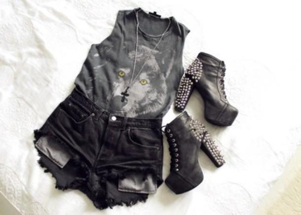 tank top dark wolf print shorts eyes animal print animal print top wolf jewelry shoes shirt black coyote top bag besssttt