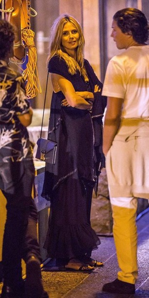 sandals heidi klum maxi dress summer outfits bag purse