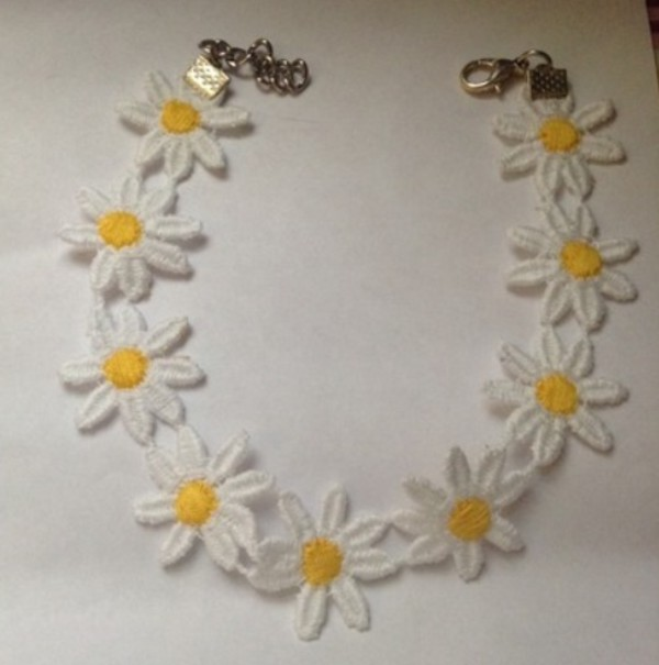 jewels yellow white choker dress tumblr instagram necklace fashion style choker necklace daisy