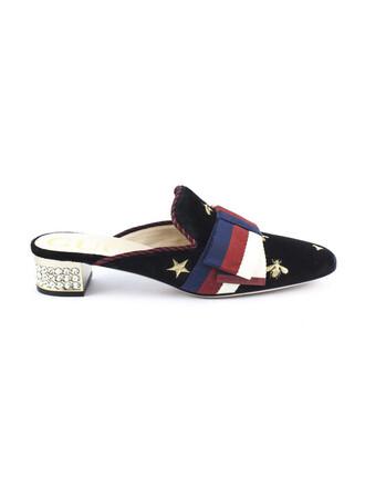 bow embroidered black velvet shoes